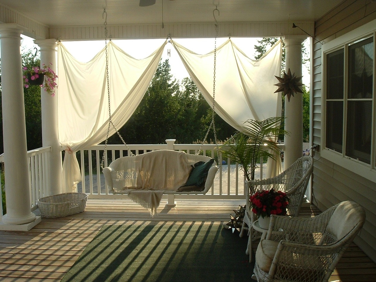Decorating Ideas For A Country Back Porch — Randolph Indoor ...