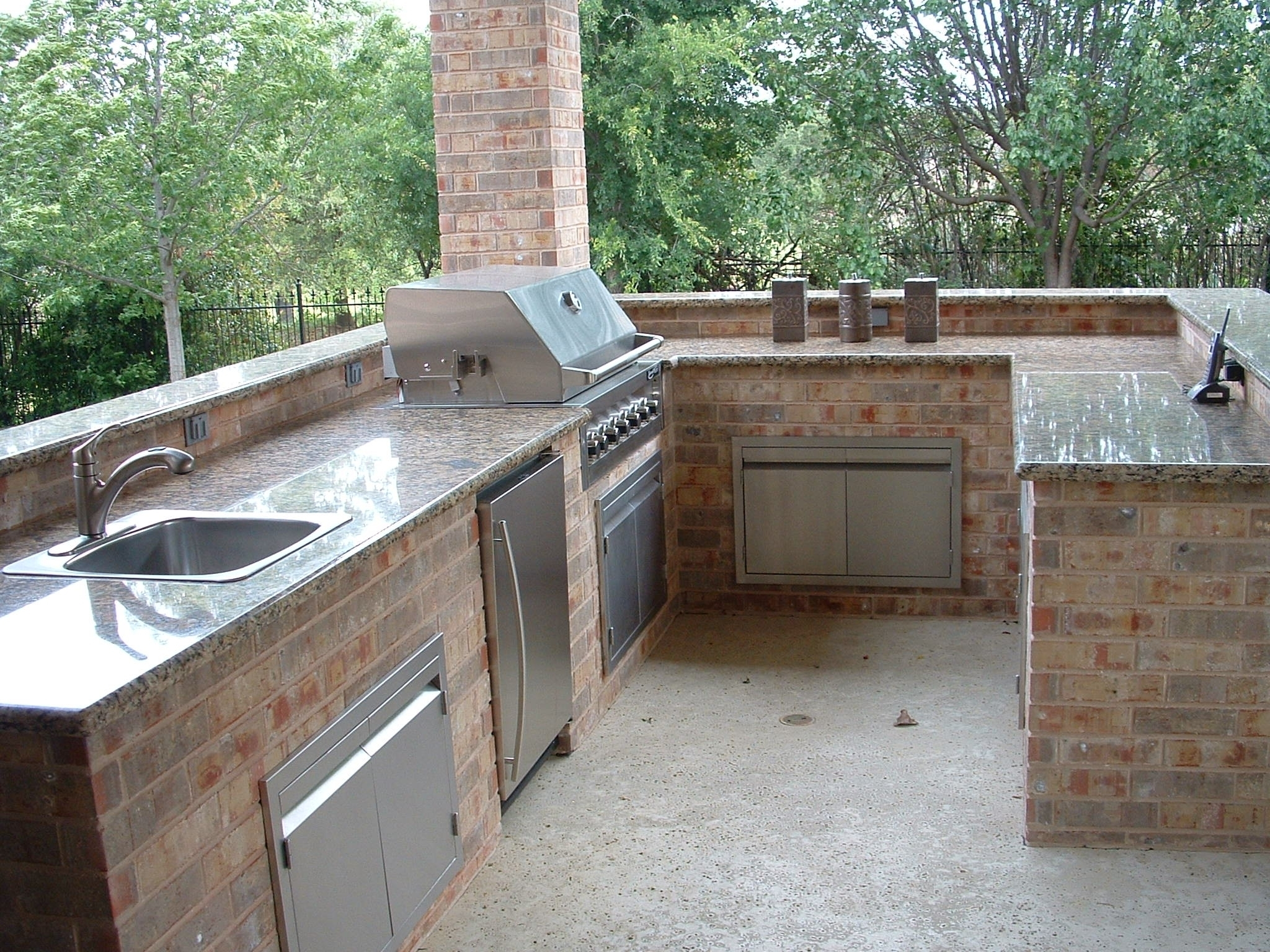 Granite Outdoor Kitchen Countertops — Randolph Indoor and ...