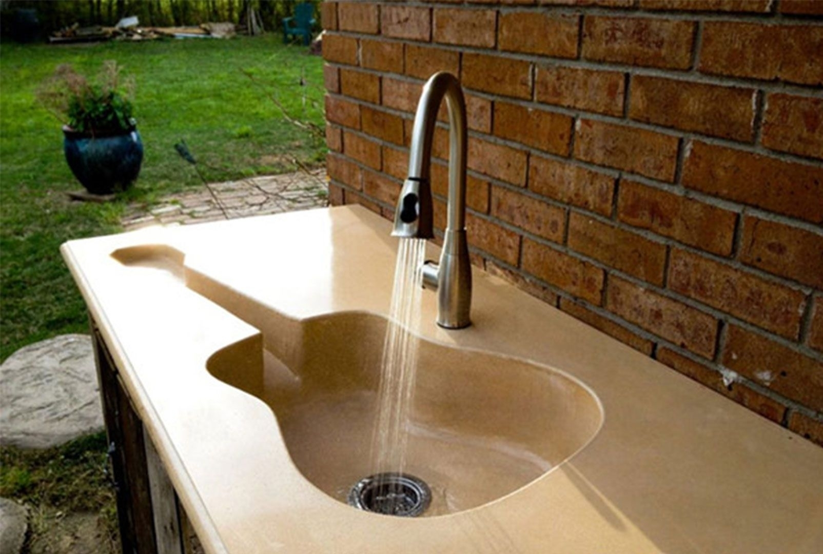How To Hook Outdoor Kitchen Sink Drain To Grey Water Tank ...