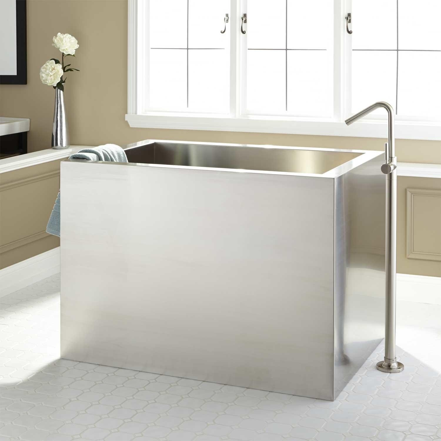Japanese Style Soaker Tub With Heater And Filter Randolph