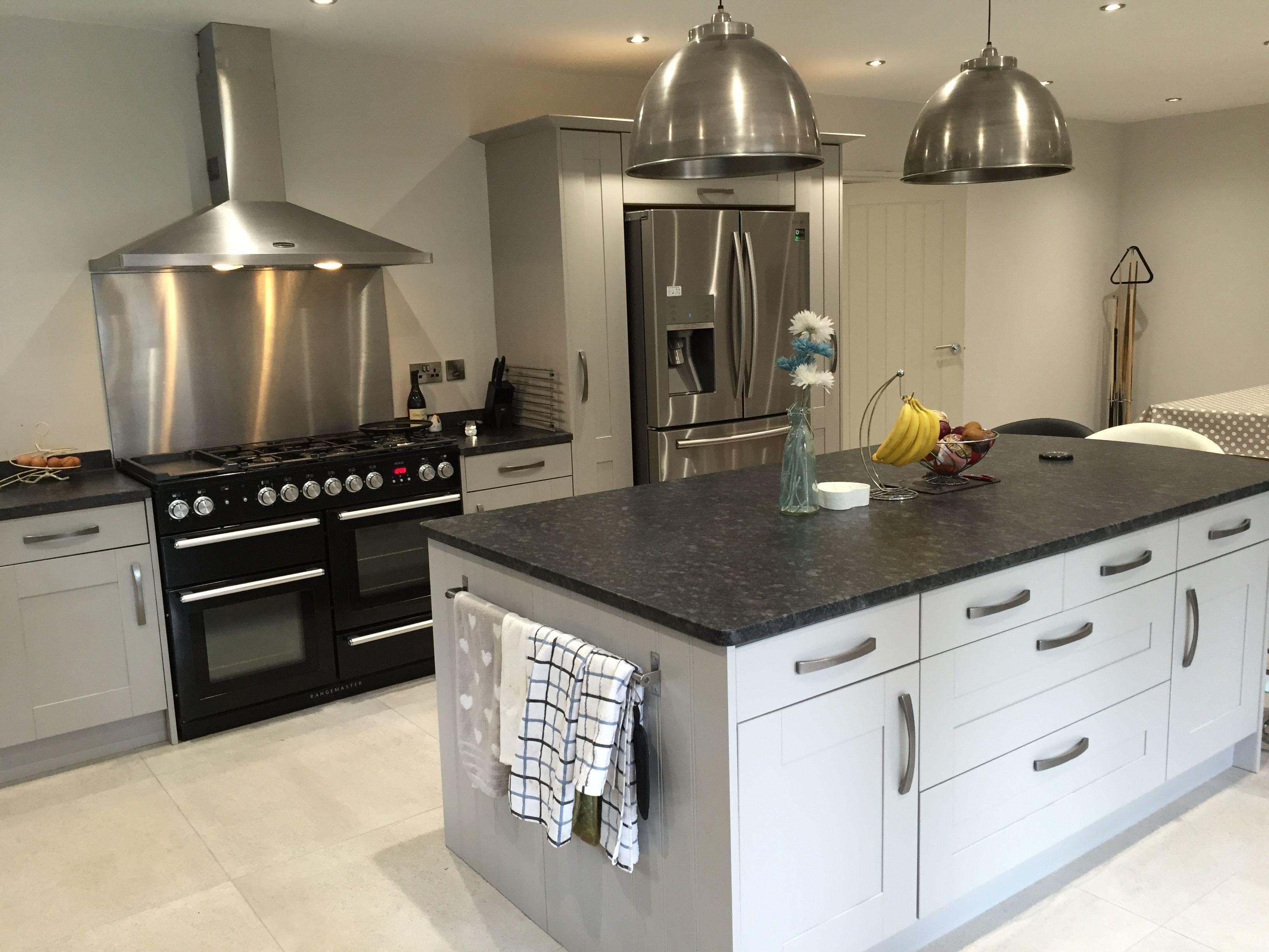 Leathered Quartz Countertops Vs Granite