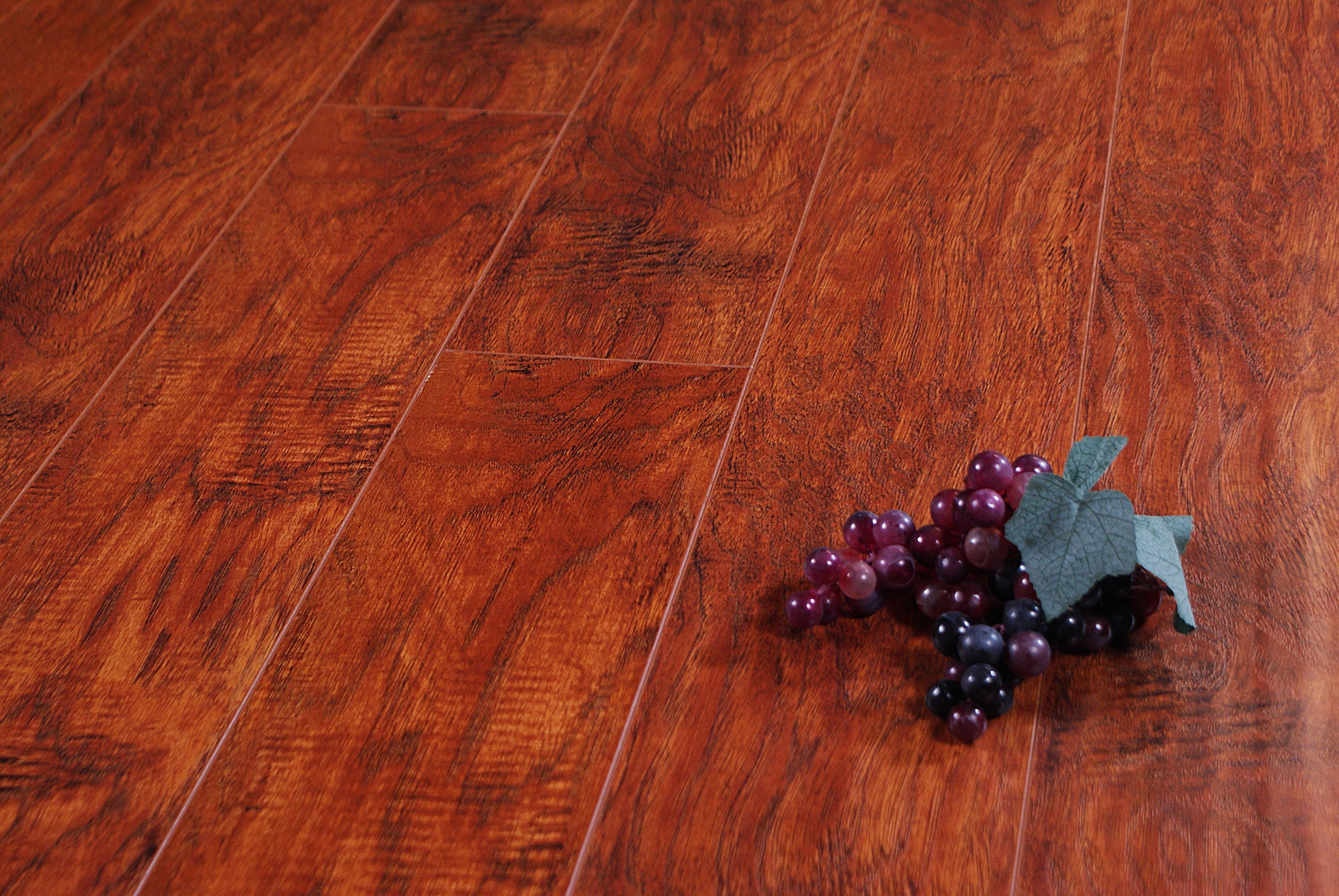 Pergo Brazilian Cherry Laminate