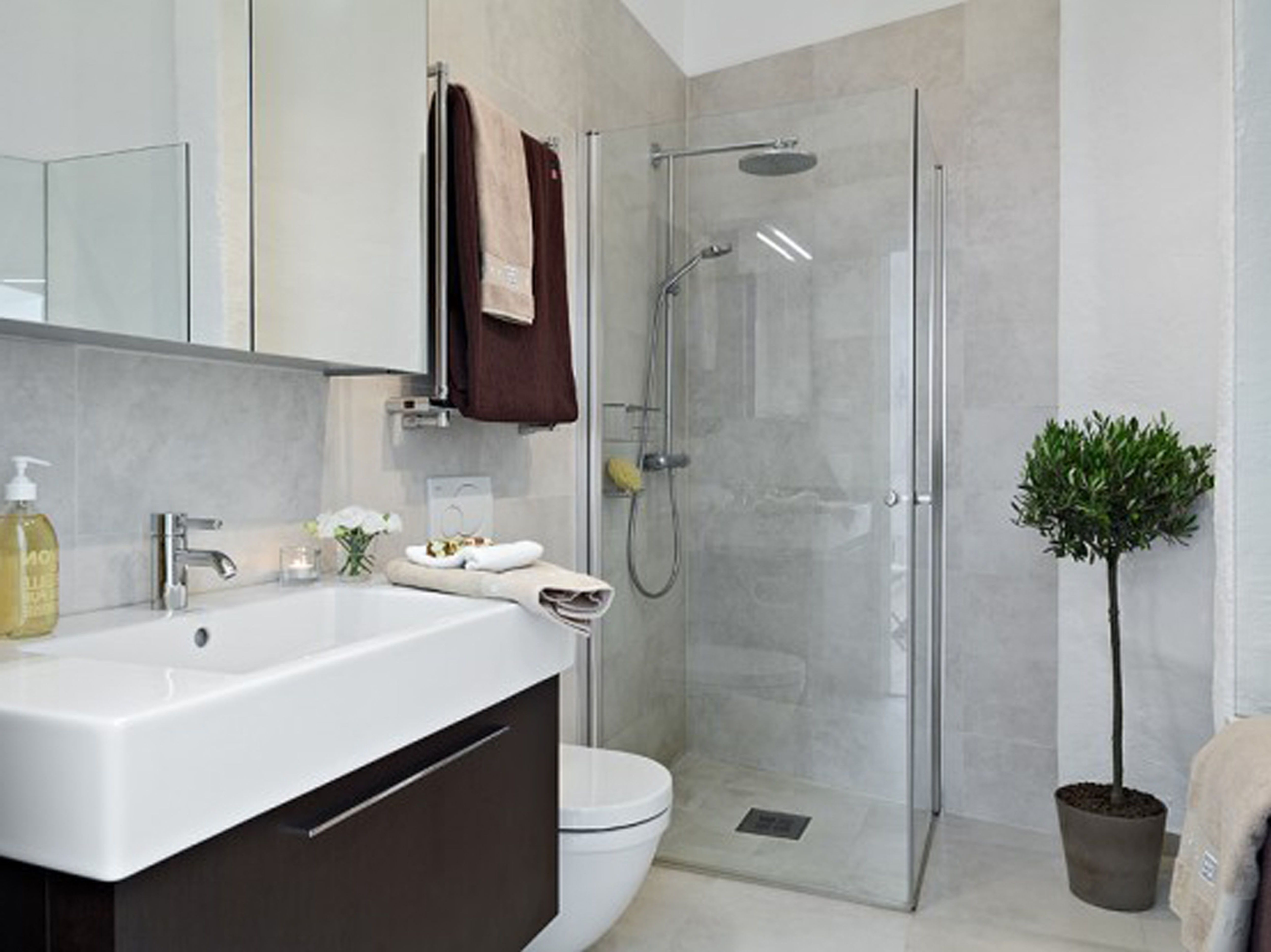 Small Bathroom Design Layout — Randolph Indoor and Outdoor ...
